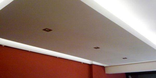 Instaladores de falsos techos continuos de yeso laminado