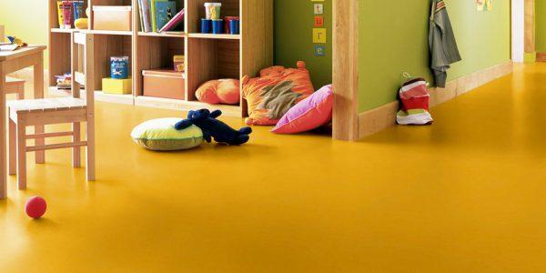 Instaladores de suelos y pavimentos ligeros